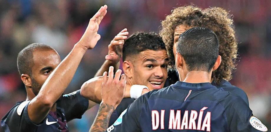 Le gaucher a inscrit le troisième but des champions de France face à son ancien club d'une superbe frappe poteau rentrant du pied gauche.