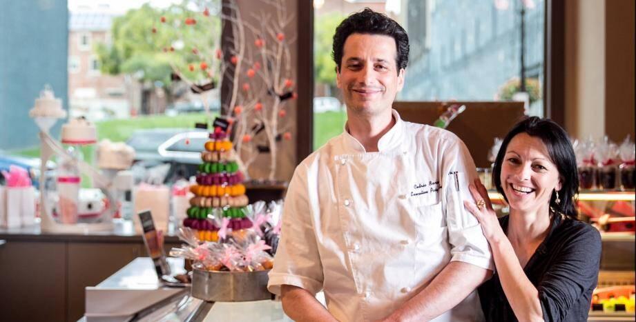 Cédric Barberet et sa compagne dans leur pâtisserie/bistrot à Lancaster (Pennsylvanie).