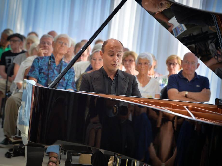 Il y avait foule, hier soir, au musée Cocteau, pour écouter le pianiste argentin Nelson Goerner.