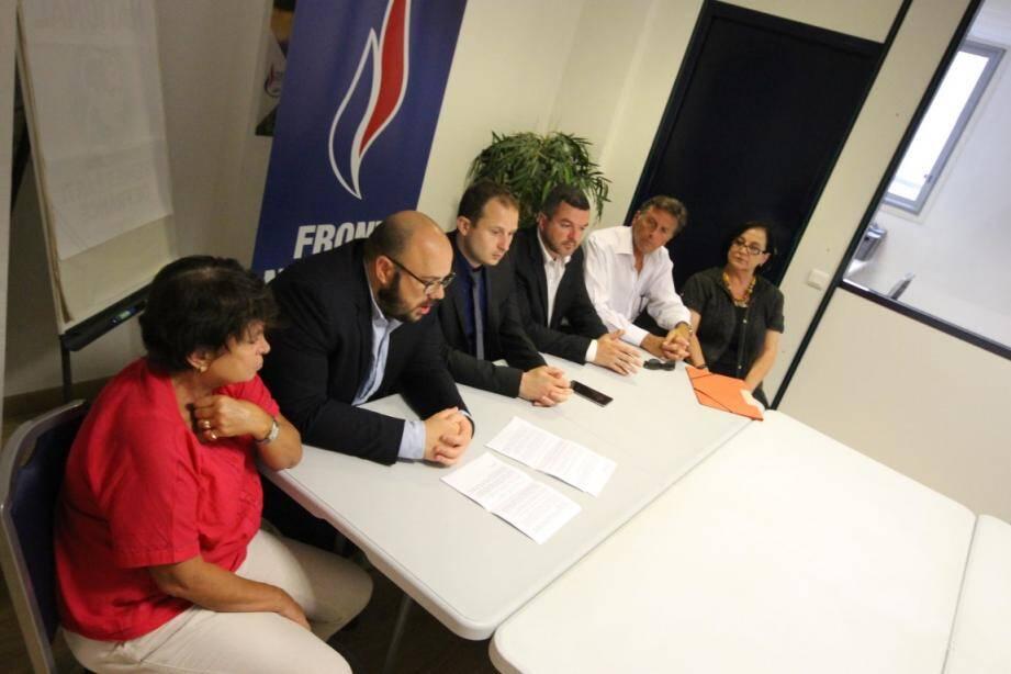 La conférence de presse, hier, dans les locaux niçois du FN.