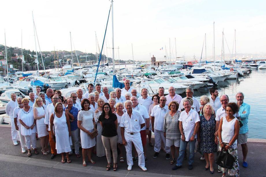 Le Yacht Club a tenu son assemblée générale. Le maire, Georges Botella, était présent aux côtés du président Michel Raymondie et des membres.