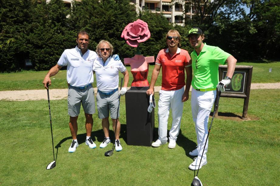 Christophe Pinna et Lucas Molinas (à gauche), Victor Dubuisson et J.P. Rouvet.