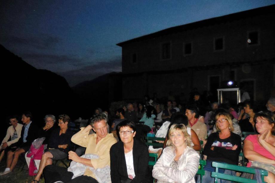 Ouverture du festival du cinéma de plein air.