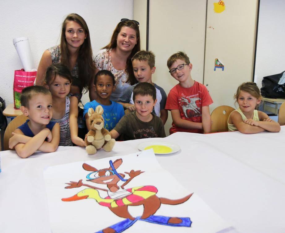 Atelier dessin avec la mascotte « Wallaby » chez les 3-10 ans.
