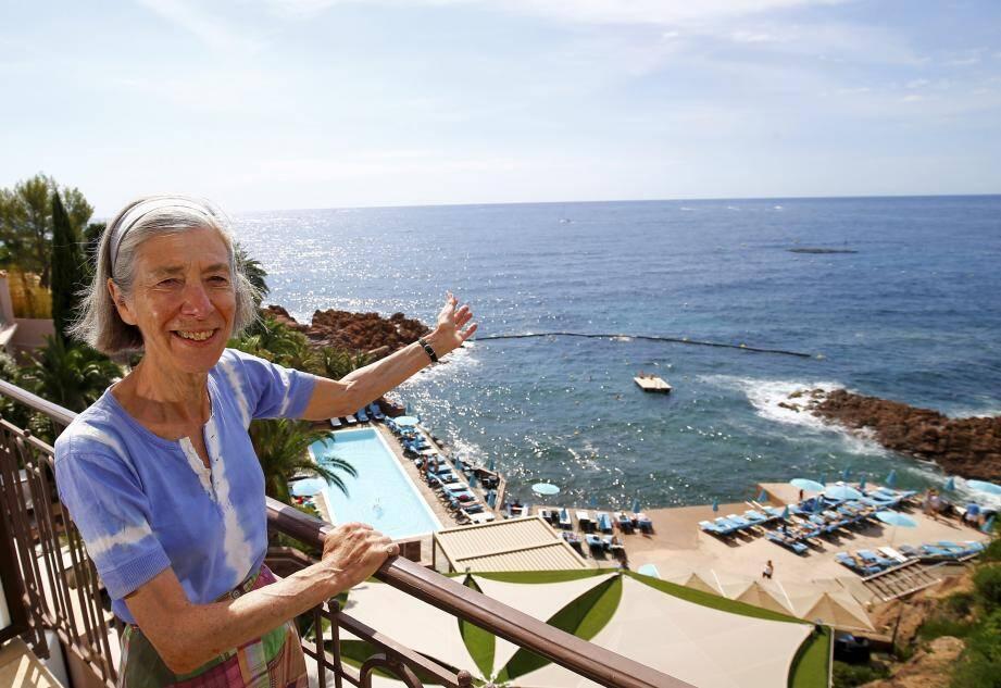 Juliet Fenwick admire cette vue féerique depuis soixante ans sans aucune lassitude.