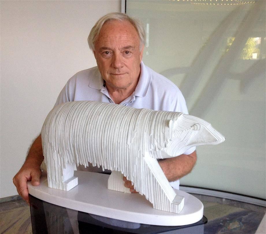 L'artiste présente son travail dans le lobby de l'hôtel jusqu'à la fin de l'été.(DR)