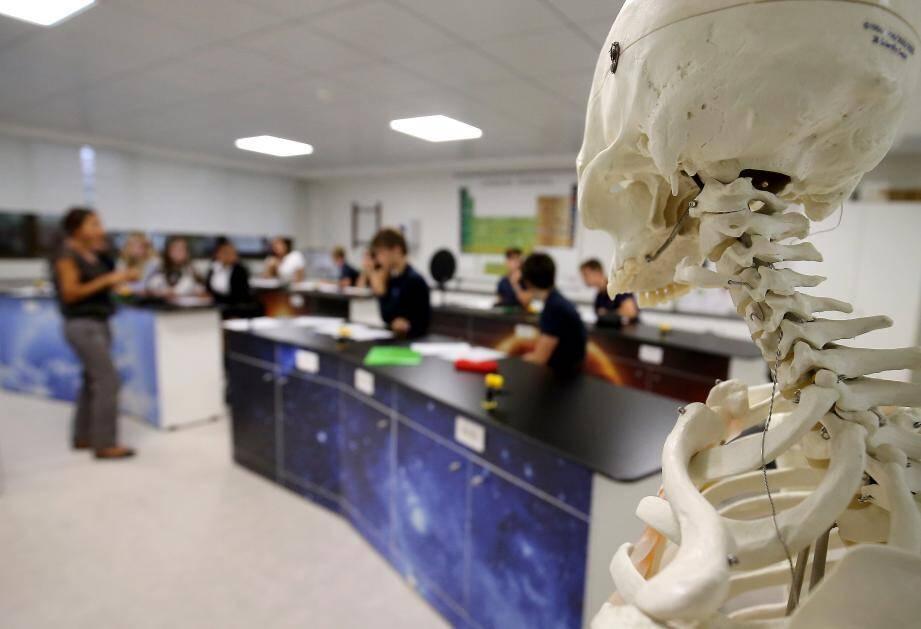 Un nouvel espace dédié aux cours de science a été finalisé cet été pour être opérationnel dès cette rentrée.