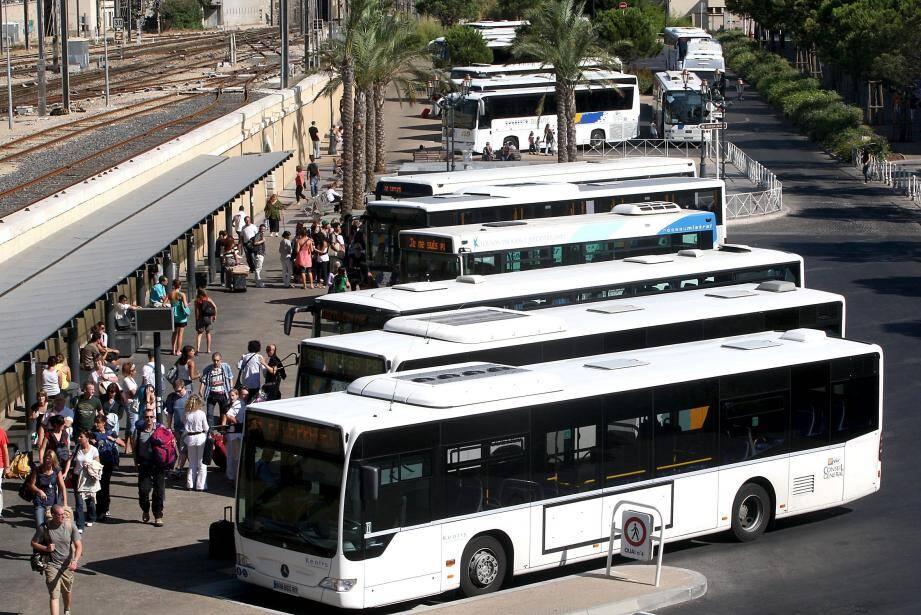 Bus Varlib