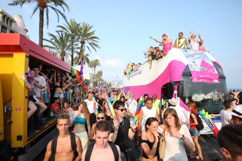 L'édition 2015 de la Pink Parade à Nice.