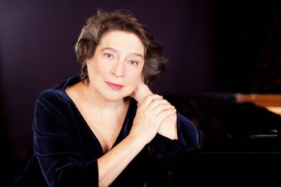 Elisabeth Leonskaja rendra hommage à Sviatoslav Richter, ce soir sur le parvis.