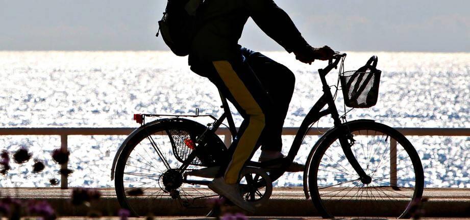 Un cycliste (image d'illustration)