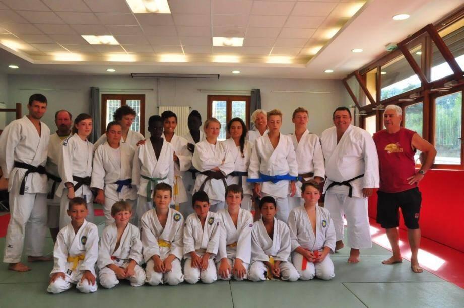 Les jeunes judokas lors du stage de judo dans le Lautaret.