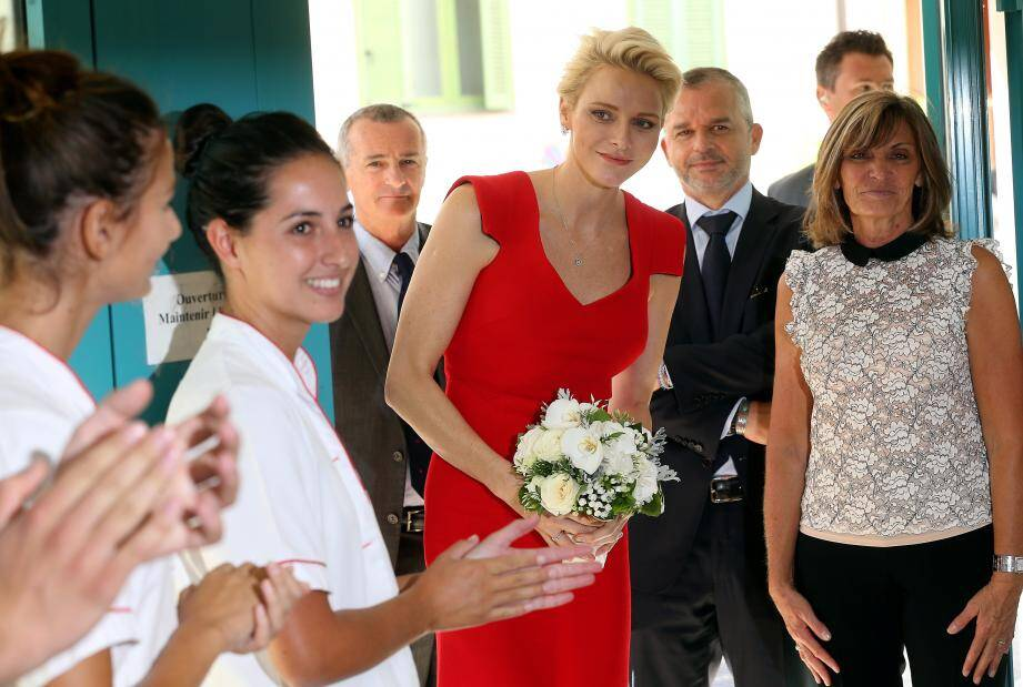 La princesse Charlène était hier au CHPG pour remettre leurs diplômes aux étudiants infirmiers de la promotion qui porte son nom et qui a notamment participé à des actions avec sa fondation.