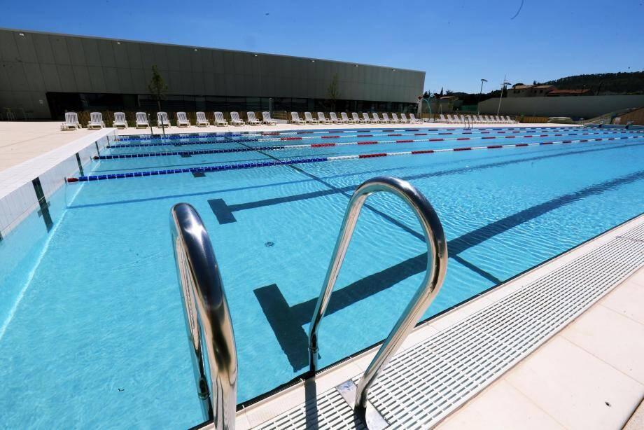 Les nageurs ne pourront plus fréquenter le bassin olympique extérieur à partir du 2 octobre et jusqu'au printemps prochain.