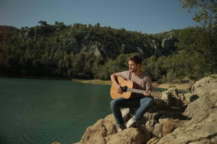 Le clip a été tourné à San Peyre, au mont Faron, au Mourillon, mais aussi au Gaou, au lac du Revest et au domaine de La Castille, à La Crau.