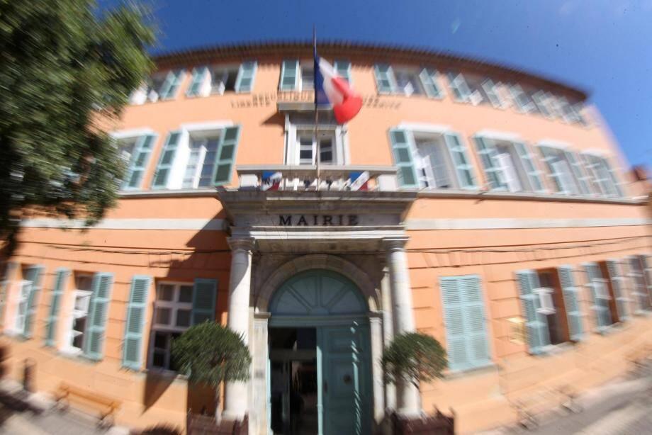 En mairie de Fréjus, l'heure est au changement dans les services.