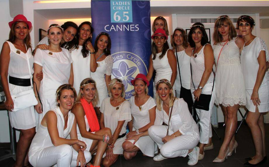 Les dames du Ladies' Circle de Cannes.
