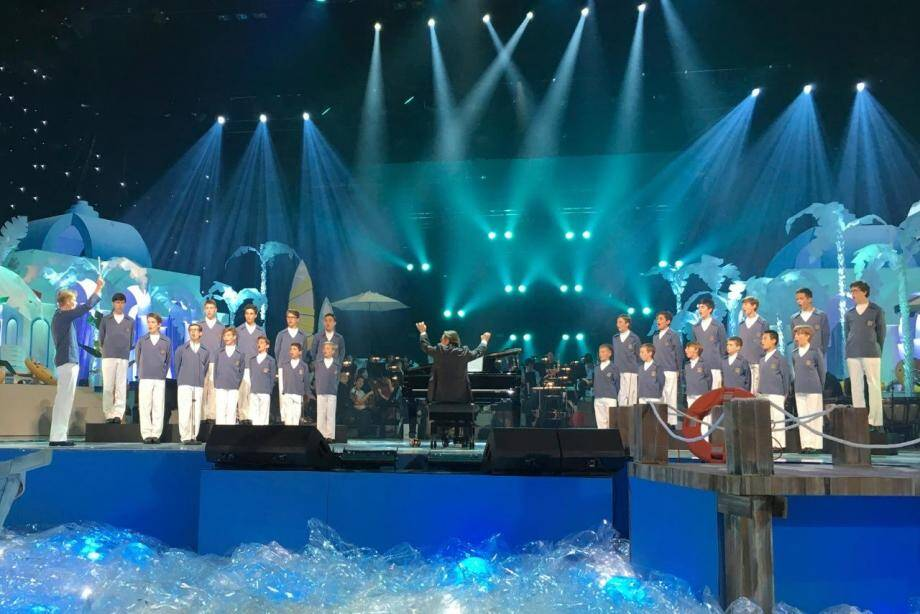 À Séoul, la troupe de la cathédrale a été l'invitée d'honneur d'un spectacle télévisée sur KBS, la chaîne nationale coréenne.
