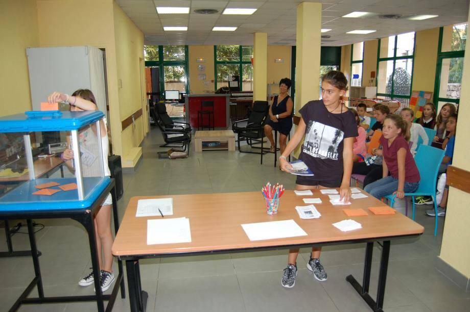 Les 6es ont participé à un atelier élection à l'Espace jeunes de Beaulieu-sur-Mer.(D. R.)