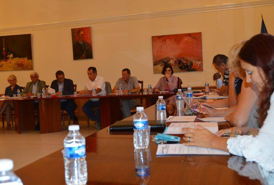 Une réunion au cours de laquelle nombre de décisions de gestion courante ont été prises.