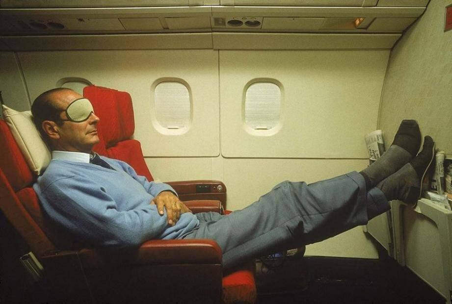 Jacques Chirac dans un avion.