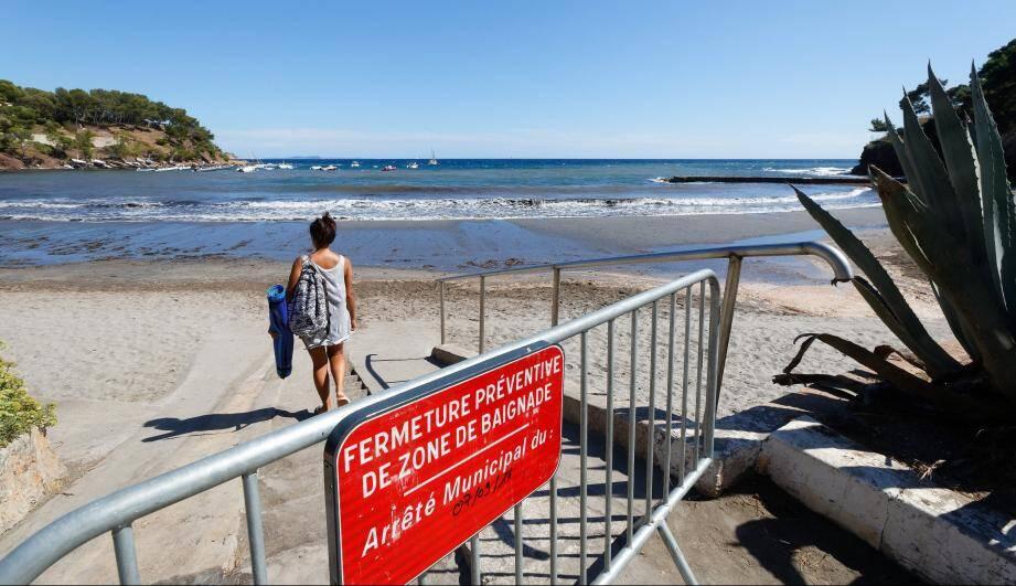 Baignade interdite à la plage de Fabregas.