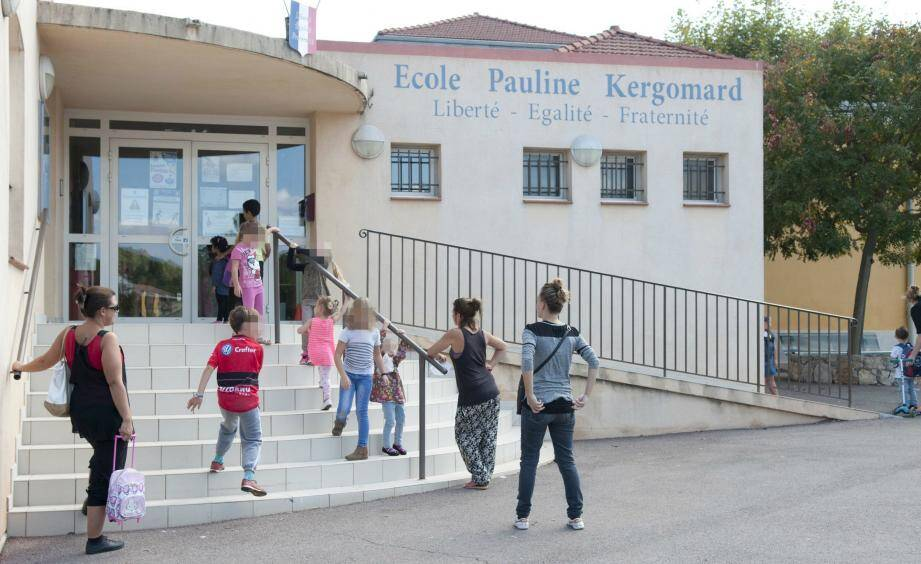 Les 250 élèves ont été confinés dans l'établissement