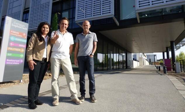 Imen Chérif, Robert Staraj, Philippe Le Thuc et leur médaille d'argent du concours Lépine européen.