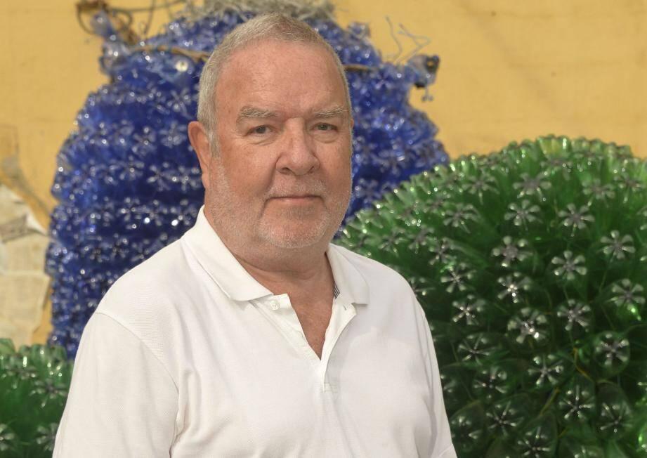 Philippe Caner, créateur des Repair Café dans notre région, parraine celui qui est en train de voir le jour à Grasse.