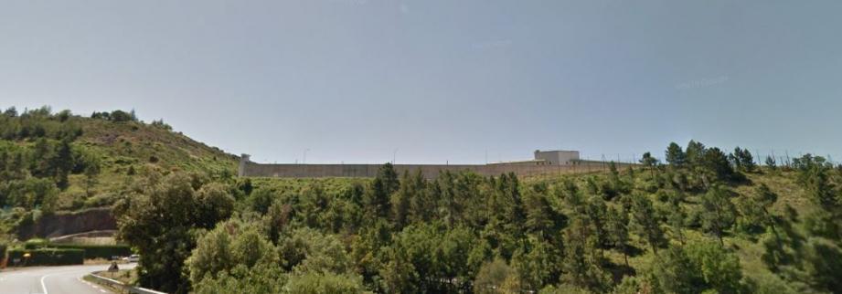 Vue générale de la prison de Grasse.