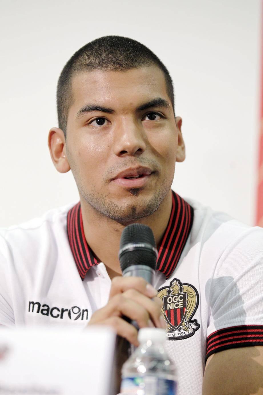 Le gardien argentin va enfin faire ses débuts officiels sous la tunique de l'OGC Nice.