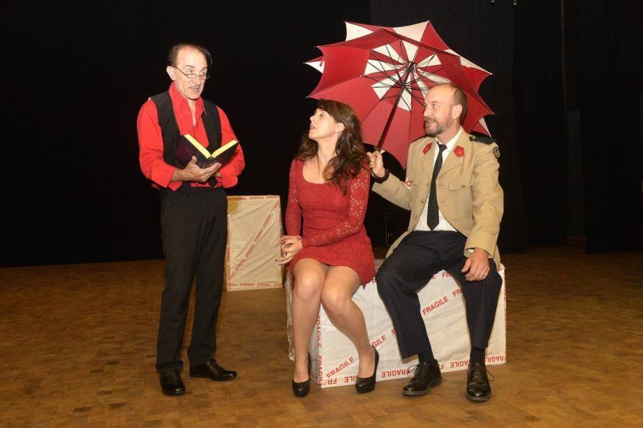 Fabien Duprat, Isabelle Servol et Olivier Rolland sont accompagnés sur scène de Linda Ruiz et de Stéphane Bébert.