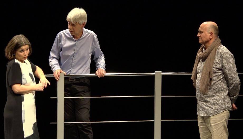 Corinne Maitrugue, Michel Tabo et Bernard Baumes, trio infernal du théâtre de la Spirale.