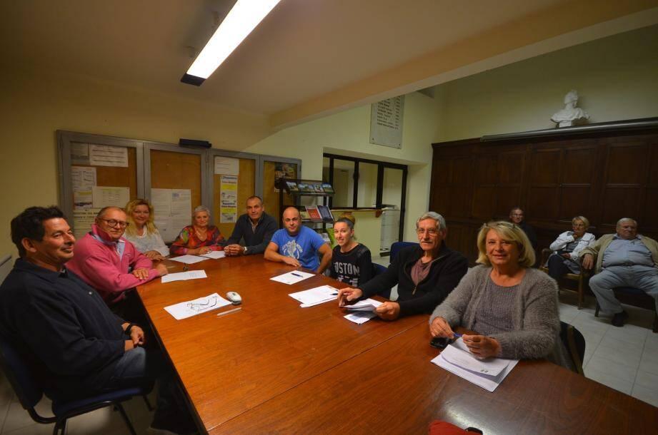 Danielle Chabaud vient d'annoncer aux membres du conseil que les réunions vont être nombreuses afin de faire avancer les dossiers en cours.