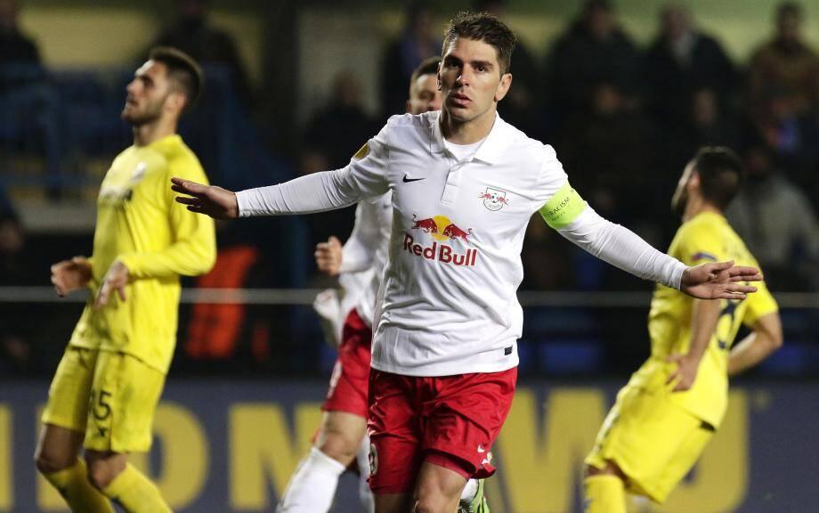 Muet contre Krasnodar (ci-dessus, 0-1), Soriano a ouvert son compteur européen de la saison contre Schalke 04 (1-3).