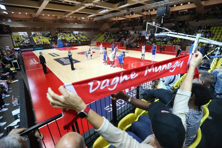 Les 1 378 spectateurs présents hier soir salle Gaston-Médecin ont vibré pour le retour de l'ASM Basket sur la scène européenne.