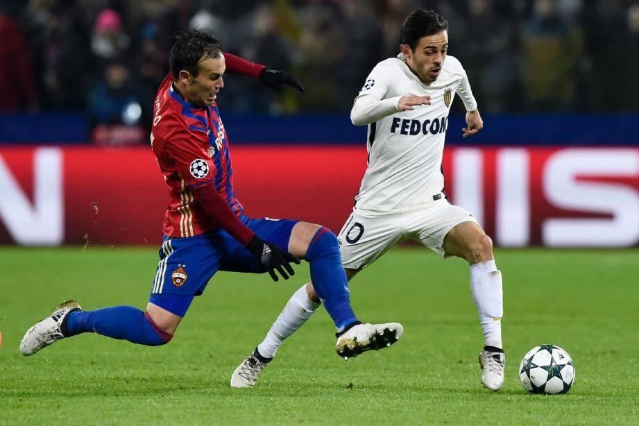 Bernardo Silva (en blanc) a offert le point du match nul à son équipe d'une belle frappe du gauche en fin de partie.