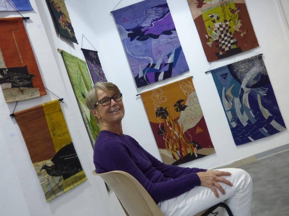 Eva Hervieu s'exprime grâce au batik depuis maintenant une trentaine d'années.