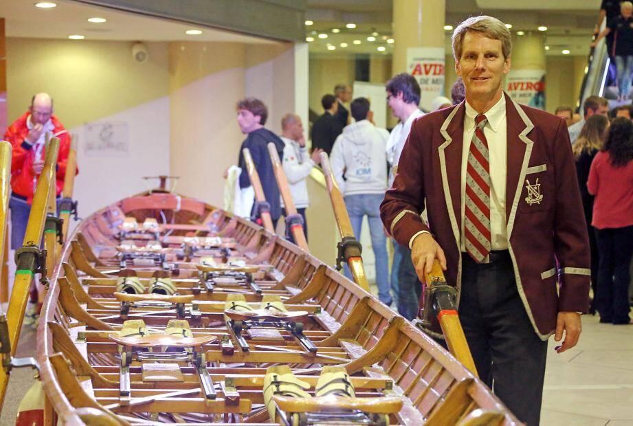 Demain, John B. Kelly III mènera cette yole de 18 mètres lors d'une exhibition.