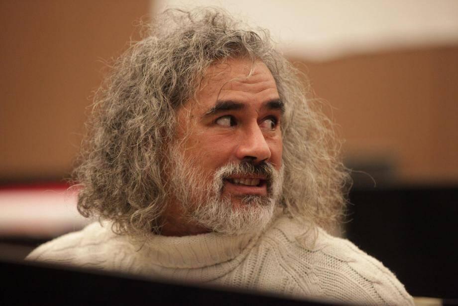 Philippe Raymond-Bailey, chef d'orchestre et de chœur de l'ensemble Amadevs.