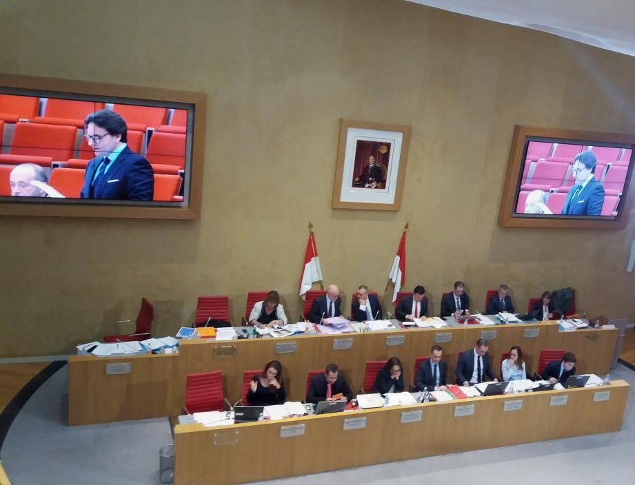 Les conseillers nationaux ont tous approuvé la proposition de loi sur le « contrat de vie commune ».