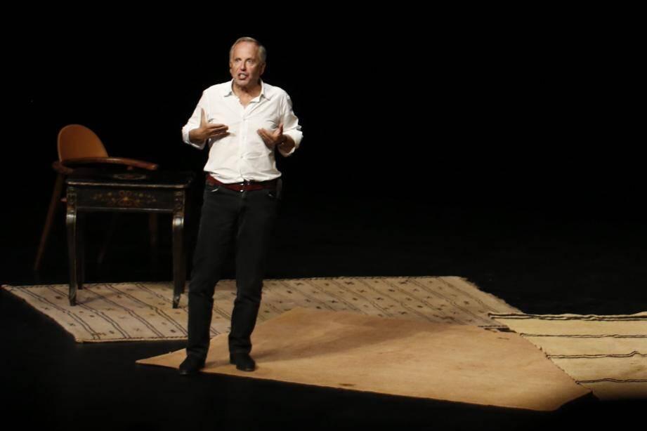 Fabrice Luchini lors de la première de son spectacle à Antibes mercredi soir.