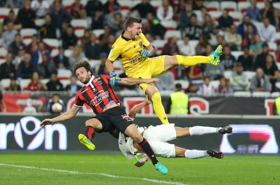 Mercredi 21 septembre, stade Allianz Riviera de Nice (Alpes-Maritimes), 6e journee du championnat de France  de Ligue 1 de football, l'OGC Nice affronte l'AS Monaco.CARDINALE, PAUL BAYSSE ET FALCAO