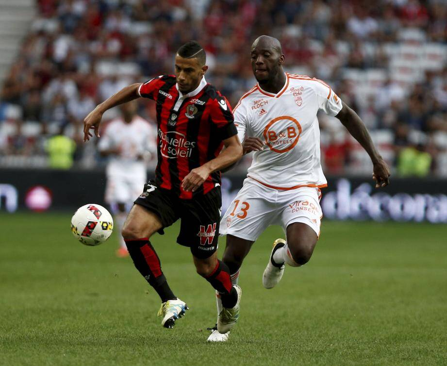 Younes Belhanda (ici, lors de la dernière victoire contre Lorient) et le Gym s'attaquent à du lourd ce soir, face à Lyon.