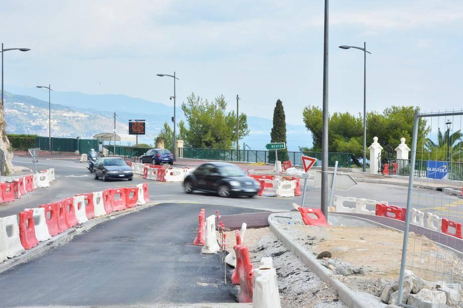 À l'occasion des travaux du carrefour, un réseau d'eau pluviale va être mis en place.