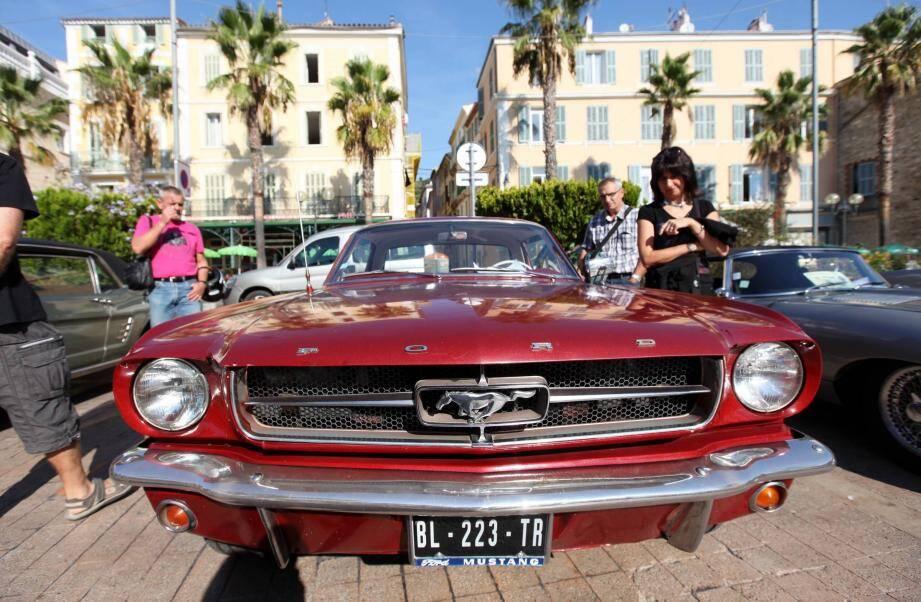 Ford Mustang des années 50-60... Elle faisait fureur!