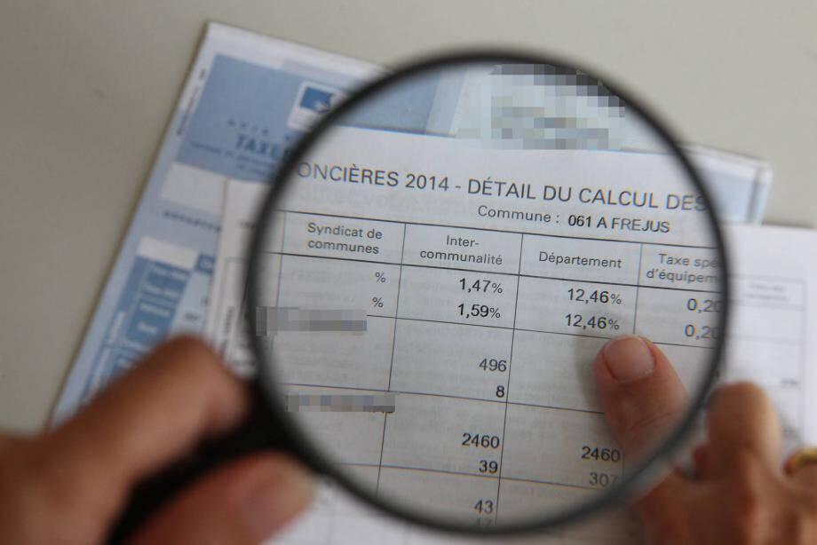 illustration augmentation taxe foncière papier de veronique Georges