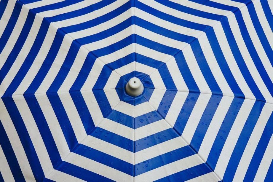 Une photo de parasol.