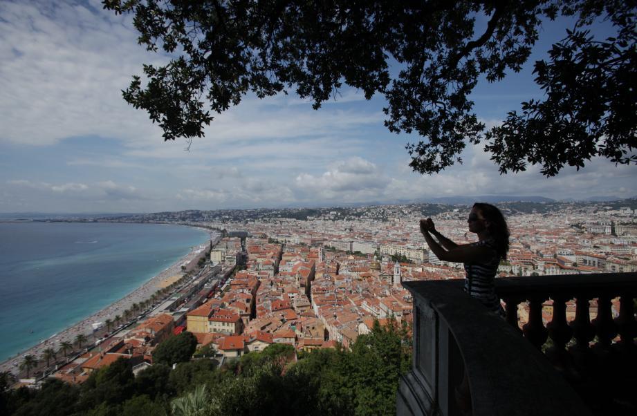 Vue de la colline du château, à Nice.