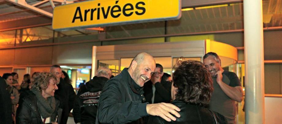 Après deux mois d'assignation à résidence à Nice, Pierre Paoli a retrouvé la Corse mercredi soir.